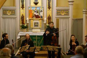 Junge Kammerphilharmonie Berlin @ Schinkelkirche Großbeeren